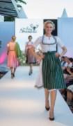 Julia Trentini auf der Modenschau am Salzburger Mönchsberg (Foto Reed Exhibitions Salzburg / Kolarik Andreas)