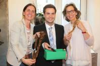 Haarspender Ingrid Gady und Waltraud Fischer mit Marcel Resch (Foto Fotostudio Sima)