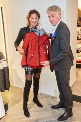 Kathi Stumpf mit Alex Meza - Eröffnung des Luis Trenker-Shops (Foto Starpix / Alexander Tuma)