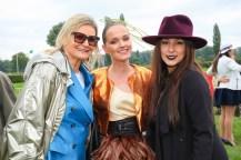 Vienna Ascot: Hedi Grager, Eva Poleschinski und Pia Bundy (Foto Moni Fellner)