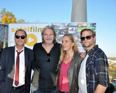 Dietrich Siegl, Stefan Jürgens, Lilian Klebow und Michael Steinocher drehen am Grazer Schlossberg (Foto Reinhard Sudy)