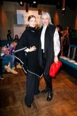 Influencer Marie von den Benken and Best Ager Model Petra van Bremen besuchten die Show von boscana X Gitta Banko. (Foto by Isa Foltin/Getty Images)