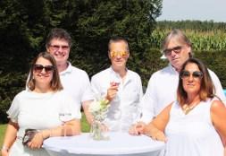 Fête Blanche hosted by APPLETINIES & ARIDO: Andrea und Robert Preiner, Thomas Wohlmuth, Oswald und Andrea Ruschka. (Foto Andrea Ruschka - Der Vierender)