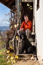 Gewonnen hat in der Disziplin Orangeweine der Klöcherhof Domittner mit dem Gewürztraminer Gold aus dem Jahr 2018. Winzer Günther Domittner. (Foto Weingut Domittner)