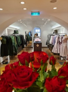 Mothwurf eröffnete einen Store in der Salzburger Getreidegasse. (Foto Hedi Grager)