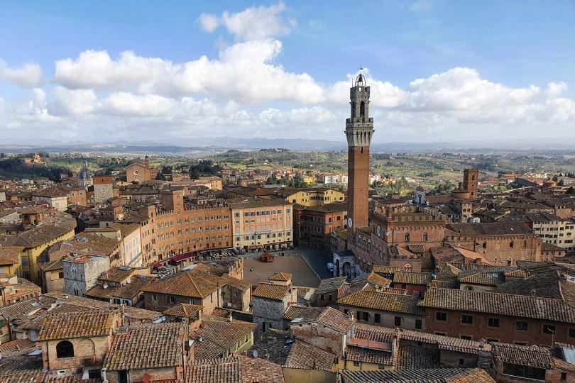 Sienne- Italie : Piazza del Campo