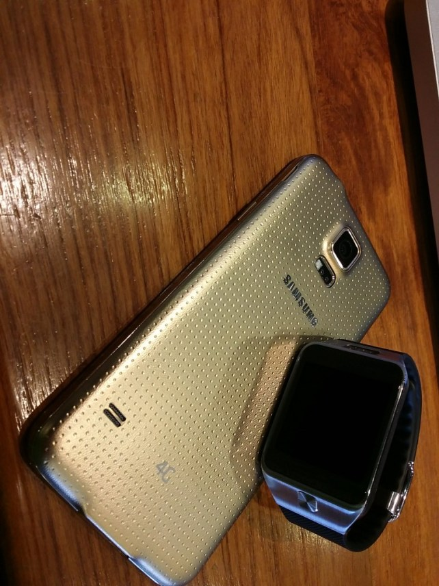 Samsung s5 and gear 2