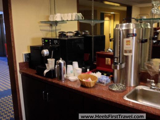 Sheraton Houston North Club Lounge Beverage