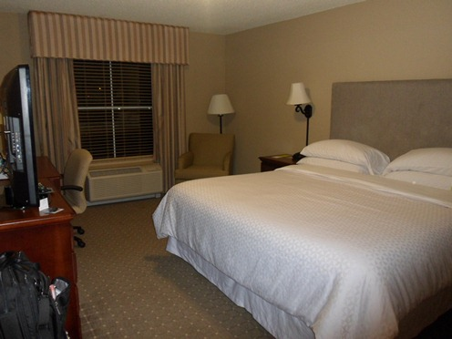 Four Points Cumberland House Knoxville Basic Room SPG floor