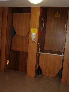 Voorbeeld Paternoster lift in Berlijn
