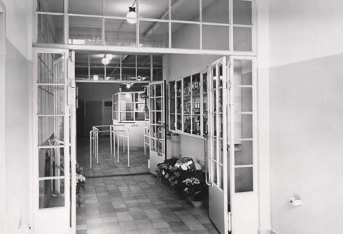 Bron: Rijckheyt.nl | Sportfondsenbad ingang (1954)