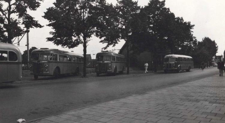Bron: Rijckheyt.nl | Stationstraat. Bushaltes van de IAO en LTM.