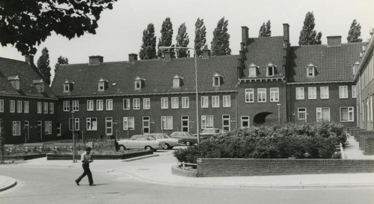 Bron: Rijckheyt.nl | Woningen in de Maria-Christinawijk (1975)