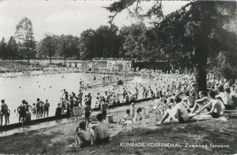 Bron: Rijckheyt.nl   Zwembad Terworm in of voor 1970.