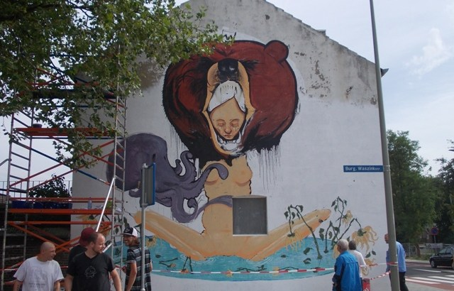 Bron: Aarbek.nl, Frans Thuis | Muurschildering op Benzenraderweg 201, anno 2013