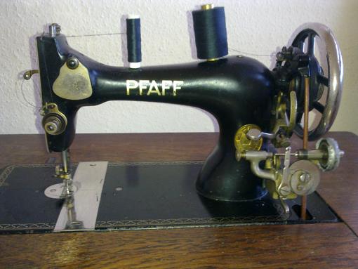 Bron: Ton Otten | De trapnaaimachine van het Duitse merk Pfaff
