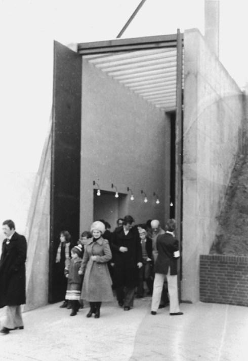 Foto archief Andreasparochie: Inzegening, 9 oktober 1977