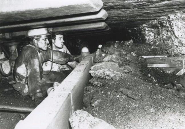 Bron: Reijckheyt | Mijnwerkers ondergronds