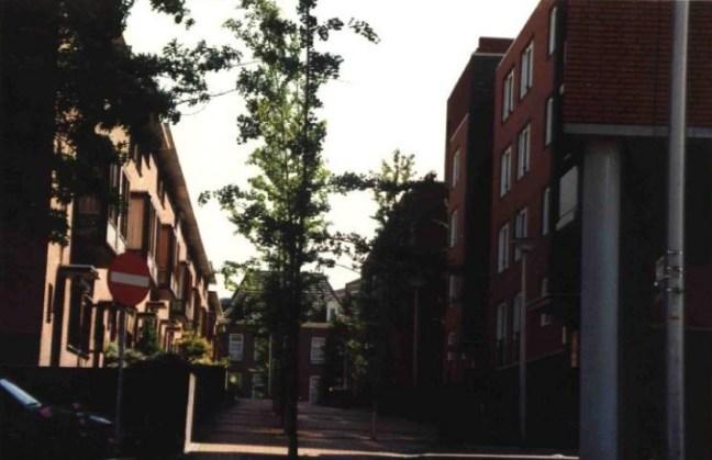 Appartementen in Heerlen. Op de achtergrond de Gasthuisstraat. Op de voorgrond de Klompstraat. | Bron: Rijckheyt