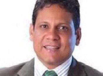 Dr. Luís Fredy García Martínez