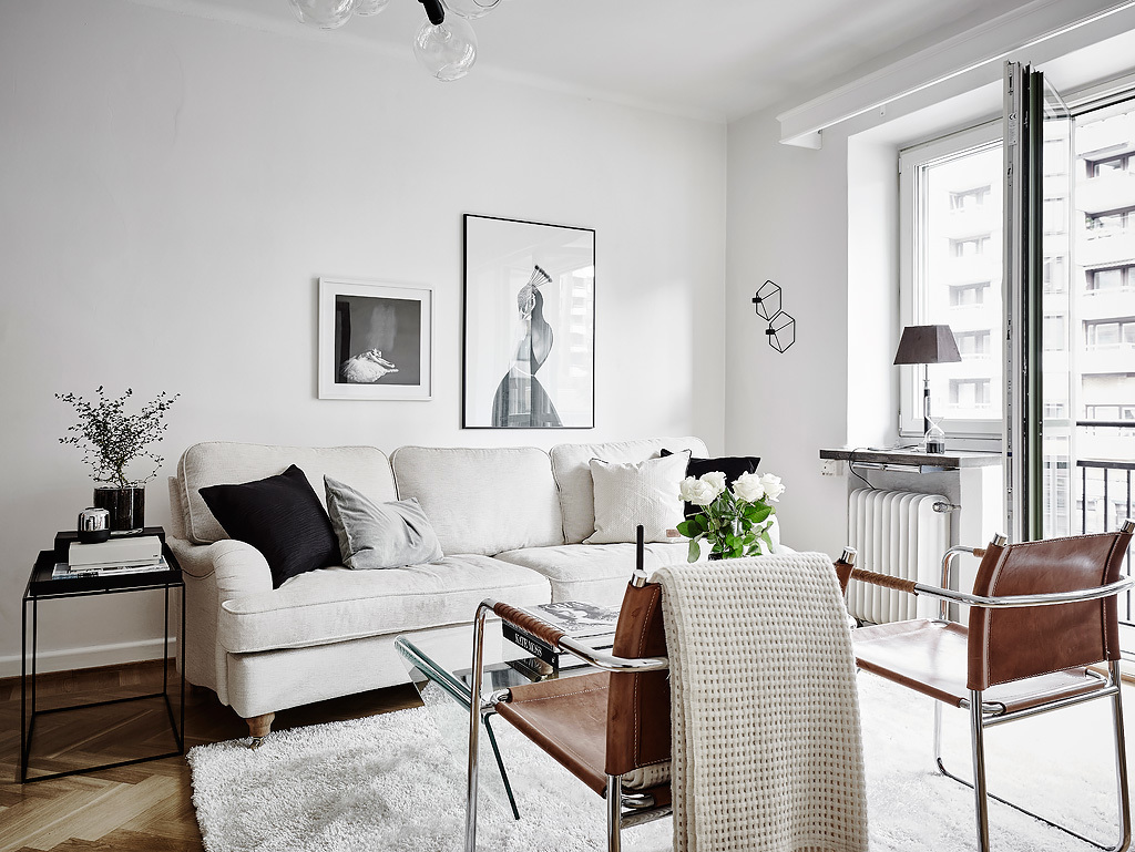 armchairs for living room interior design ideas rooms uk a sofa and two leather hege in france scandi with tan chairs