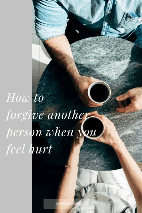 How to forgive another person when you feel hurt. Guidance for healthy relationships and unconditional love. #threeprinciples #relationshipadvice #forgiveness #relationshipproblems