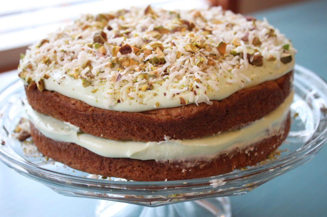 pistachio and coconut pudding cake