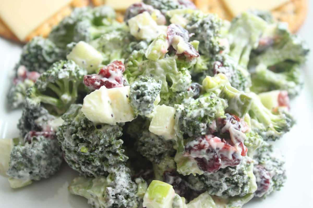 10 Minute Cranberry, Apple, & Broccoli Salad