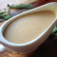 Traditional Homemade Turkey Gravy