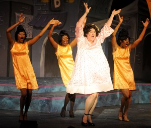 Girls dance scene Hairspray