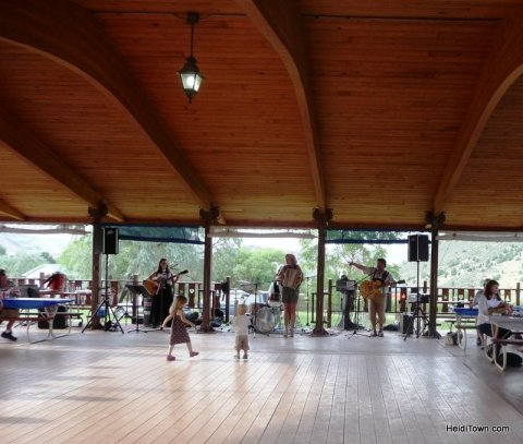 Little dancers at the Biergarten Festival. HeidiTown.com