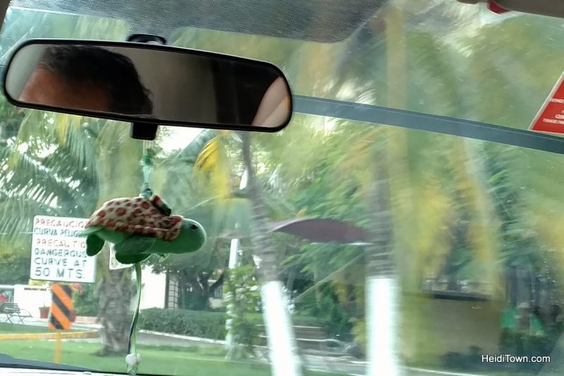 11-things-you-should-know-before-visiting-cozumel-mexico-riding-in-a-taxi
