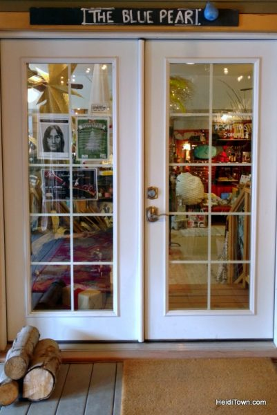A Holiday Shopping Extravaganza in Ouray, Colorado. The Blue Pear. HeidiTown.com