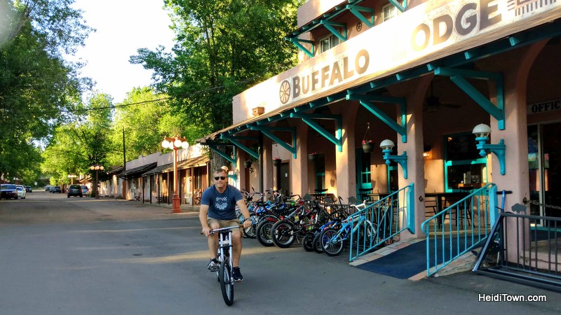 Play, Stay & Ride at Buffalo Lodge Bicycle Resort in Colorado Springs. HeidiTown (1)