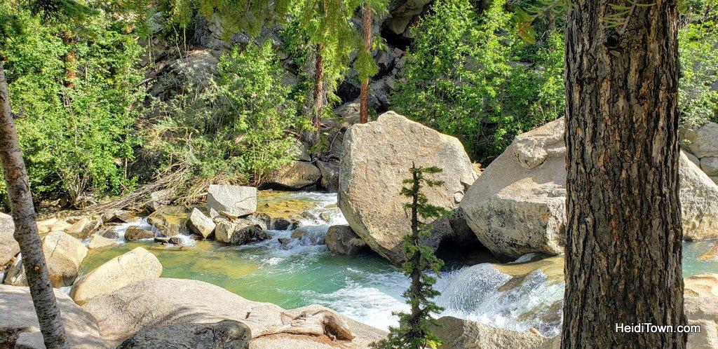 Short Colorado Hike, Big Rewards The Grottos Trail. HeidiTown (7)