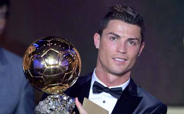 Popular top 10 richest football players latest list released expensive players in world.