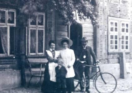 Mar09 036 1890 RatskellerEduardStünkel
