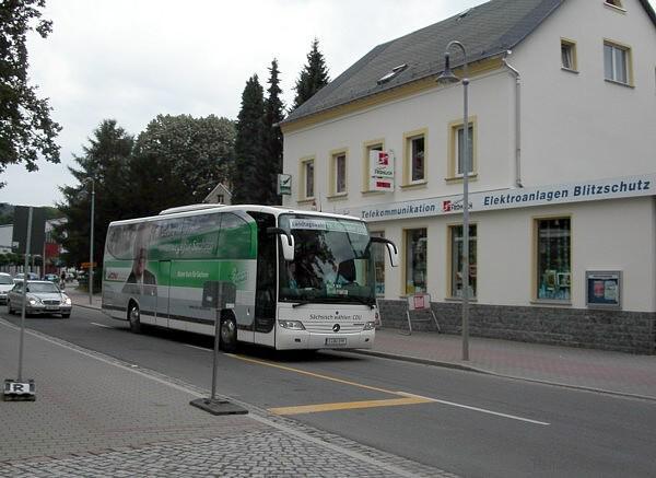 August 2004: CDU-Wahlkampf-Bus mit dem damaligen Ministerpräsidenten Georg Milbradt.