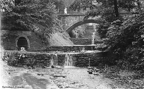 Kaskadenbrücke, wohl die 1960er Jahre