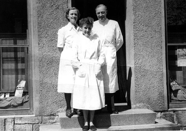 Personal der Einsiedler Apotheke in den 1950er Jahren