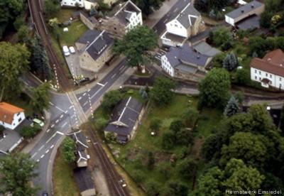 Luftbild Bahnübergang Einsiedel Mai 2000