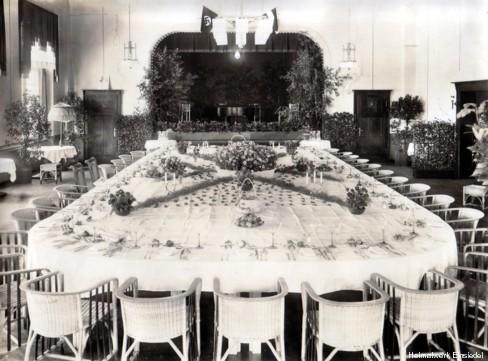 Geschmückte Tafel Juli 1934