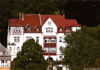 Anton-Herrmann-Straße 5-7 Mai 2005