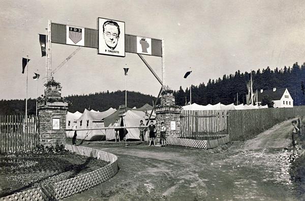 Eingangsbereich um 1955