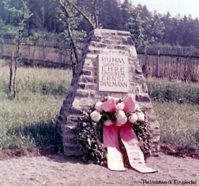 Gedenkstein für Ernst Thälmann im Pionierlager Einsiedel