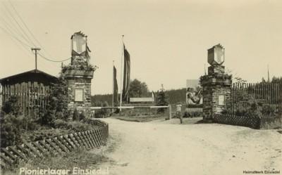 Eingang Pionierlager Einsiedel um 1955