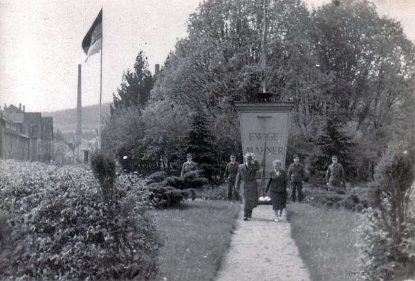 Gedenkstein August-Bebel-Platz Einsiedel