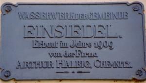 Gusseiserne Tafel am Wasserwerk Einsiedel