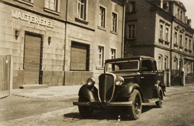Nachkriegsfahrzeuge der Fleischerei Edel in Einsiedel