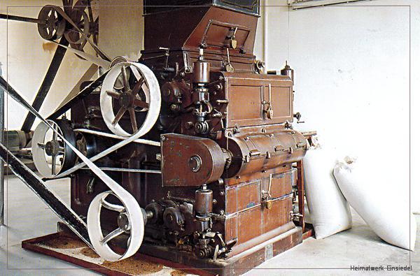Sechs-Walzen-Schrotmühle, von Winterling & Co. 1936 angeschafft